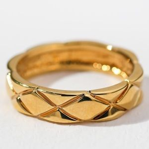 New Vanessa Mooney the Fontaine ring gold